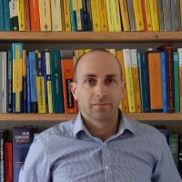 Erste Minkowski-Medaille der Deutschen Mathematiker-Vereinigung geht an Moritz Kerz
